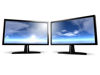"""What Is The """"Second Screen"""" Industry And Why It Is Exploding"""