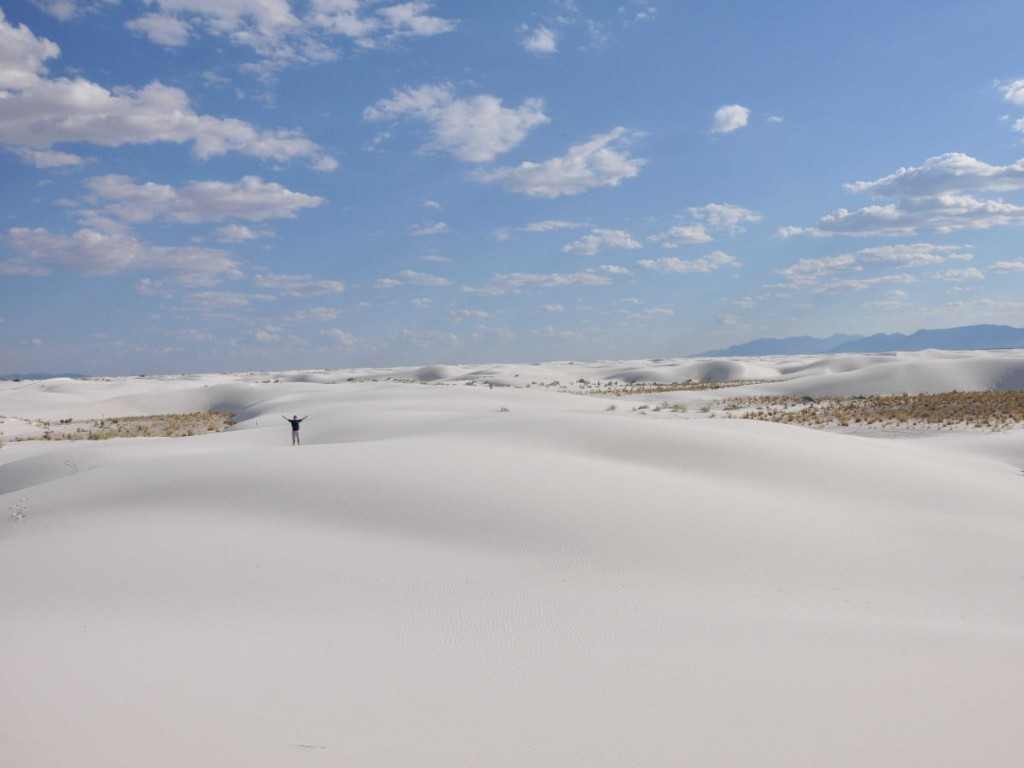 the-white-gypsum-sand-dunes